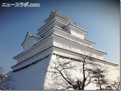 武田信玄の名言に登場する城と石垣の写真